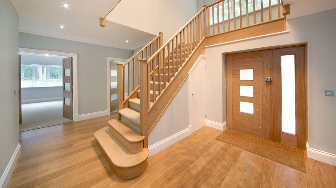 closed string staircase in oak